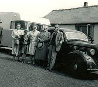 Morris 10M plus caravan