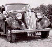 1938 Morris saloon