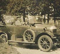 Four-seat Cowley tourer