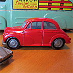 Restoration of a toy Morris Minor