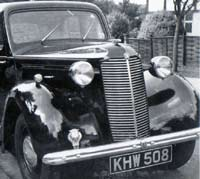 1947 Vauxhall 10 saloon car
