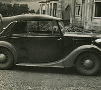 Side view of the Wolseley 10 car