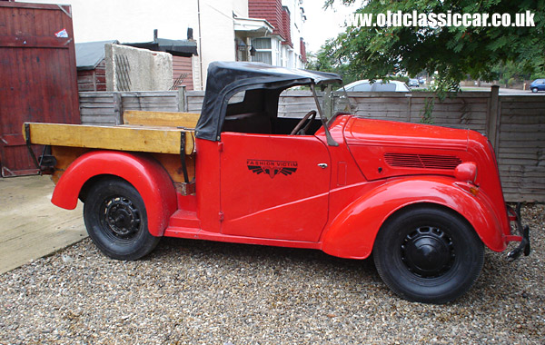 Photo of Ford Popular 103E Roadster Ute at oldclassiccar.