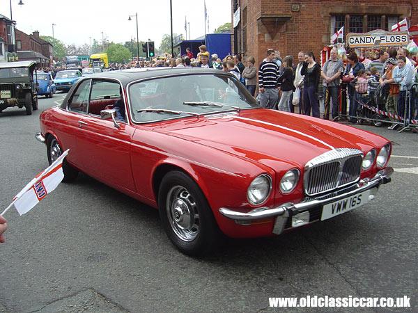 Cote gratuite Jaguar DAIMLER Coupé 3.5  258 Edition Limitée BA 2008 Essence