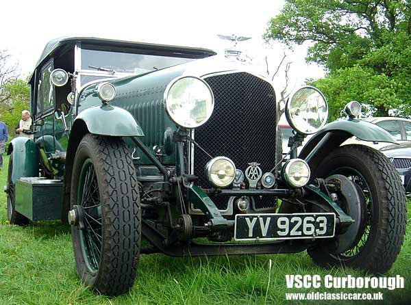 Photo showing Bentley 3.5 litre at oldclassiccar.co.uk.