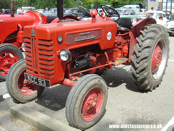 Mccormick international b275 diesel tractor 47 on 1950s car manuals