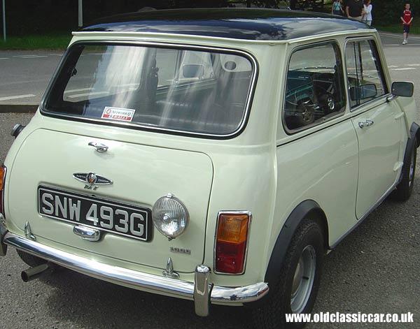 White Black 1968 Austin Mini Cooper Mk2 80 Of 90
